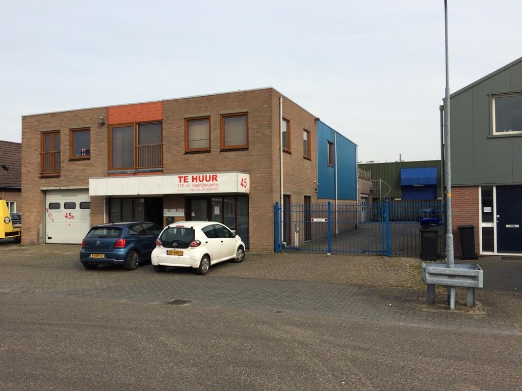 170 m2 bedrijfsruimte, Watergoorweg 45a